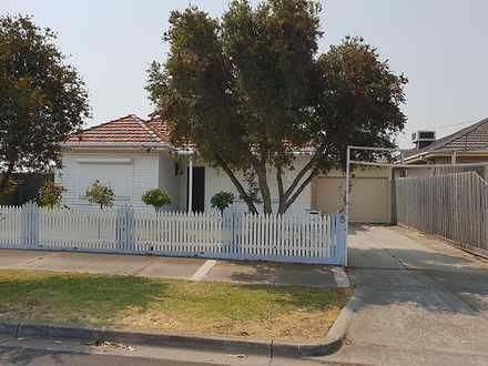 House - 8 Gresford Street, ...