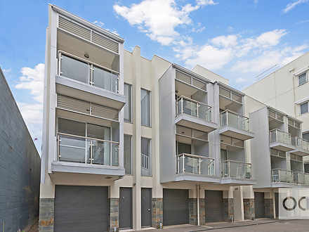 Townhouse - 4/152 Gray Stre...