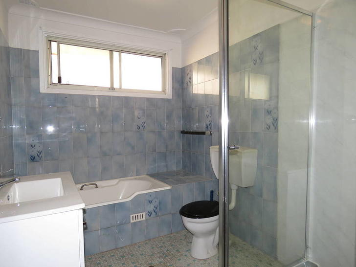 A20d2acd73b64f132724b303 bathroom 1578272711 primary