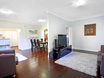 House - 80A Moxhams Road, W...
