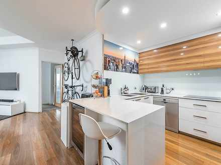 Apartment - 510/16 Moore St...