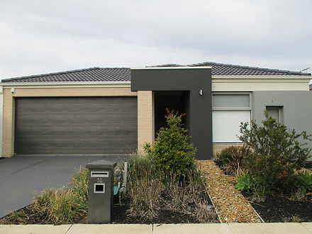 House - 15 Newhaven Drive, ...