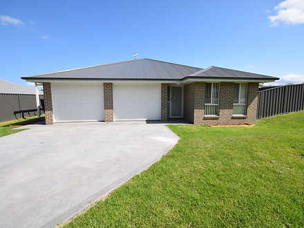 House - 2 Peacehaven Way, S...
