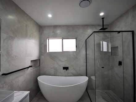 B7efea5a3072fc2534e56d1c 19093 bathroomus 1578381218 thumbnail
