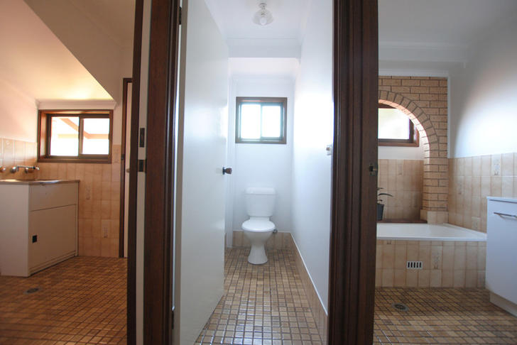 F9b12079e28009b299b49347 979 bathroom 1578446300 primary
