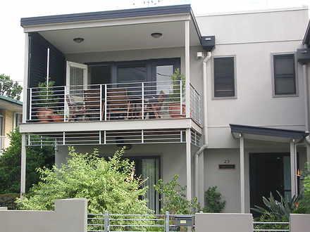 House - 25 Balmoral Terrace...