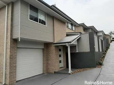 House - 3/19 Clarence Stree...