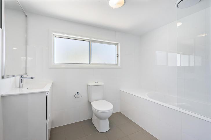 670abb23ef29a23eeed45b4b 5 bathroom b64c cf68 3229 e52b 2861 3fff e07e 0e46 20200109102825 original 1578529918 primary