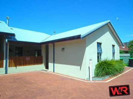 Villa - 39B Marine Terrace,...