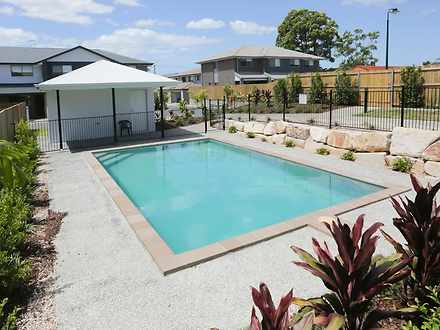 Townhouse - 21/68 Bambil St...