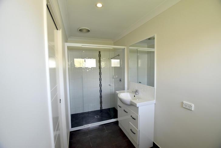 B99a23645600a42657a50f0c 15277 4dougal bathroom11 1578619065 primary