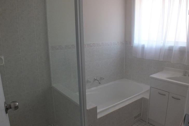 C3eff01da36517ccffde679a 528 bathroom 1578626013 primary