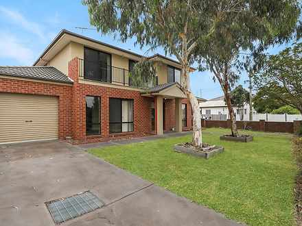 Townhouse - 58 Lawn Road, N...