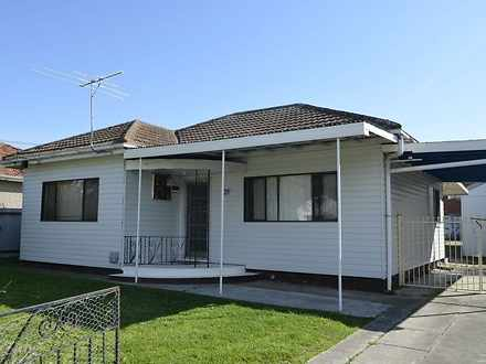 House - 21 Marsden Crescent...