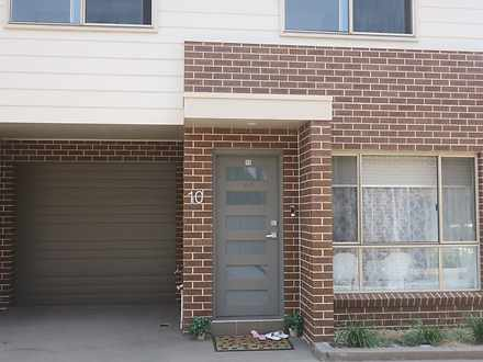 Townhouse - 10/80 Canberra ...