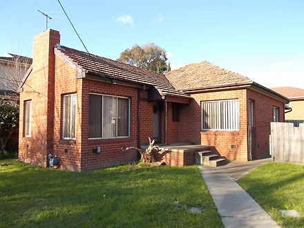 House - 312 Middleborough R...