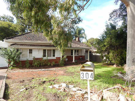 House - 304 Canning Highway...