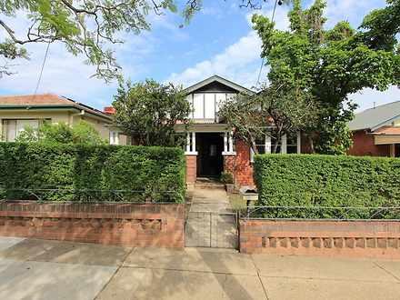 House - 8 Macleay Street, T...