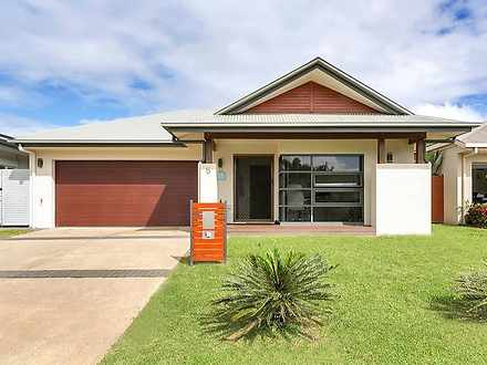 House - 5 Selwyn Close, Tri...