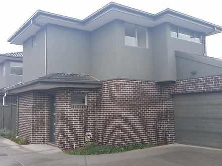 House - 2/52 Conrad Street,...