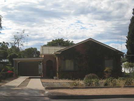 House - 78 Kingston Road, P...