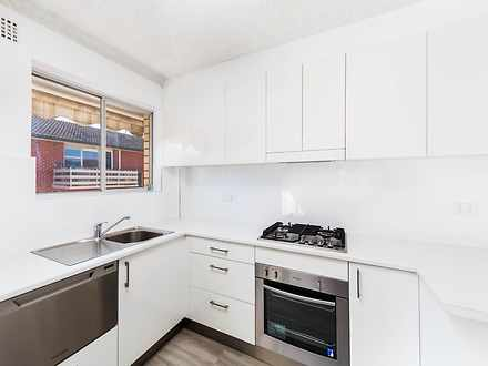 Apartment - 11/81 Howard Av...