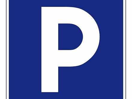 1970799c1fd039f369c366c3 9601 9419 s0942 hires.31450 parking 1579140708 thumbnail
