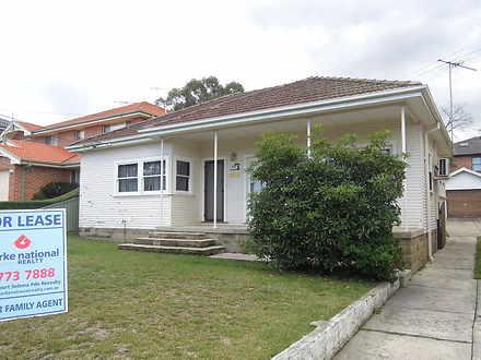 House - 30 Beaconsfield Str...