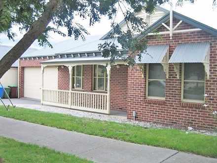 House - 4 Eastern Park Squa...