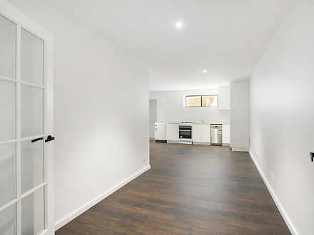 Apartment - 256A South Cree...