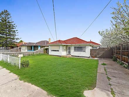 House - 5 Cyprus Street, La...
