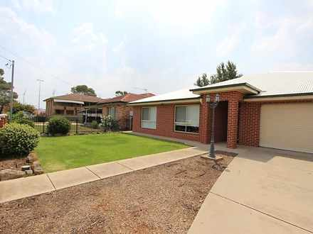 House - 31 Higgins Avenue, ...