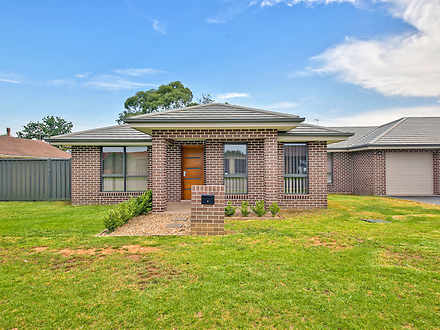 House - 64B Westbourne Aven...