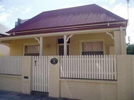 House - 19 Milton Street, H...