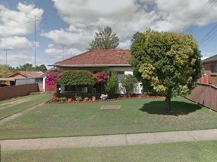 House - 172 Adelaide Street...