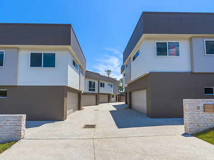 House - UNIT 5 8 Beach Stre...