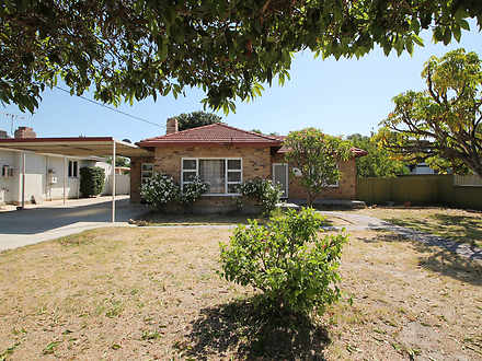 House - 35 Thornlie Avenue,...