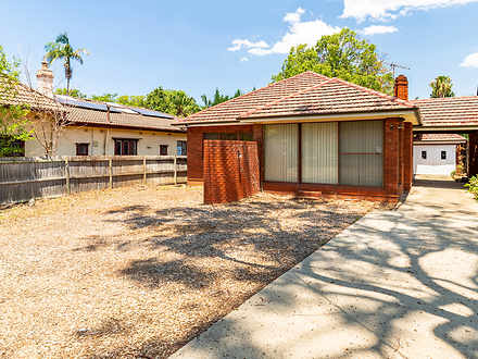 House - 62 Redmyre Road, St...