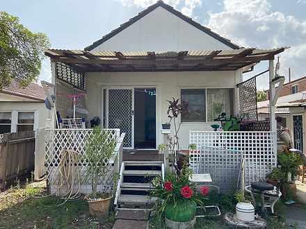 House - 2/210 Chuter Avenue...