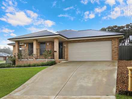 House - 24 Friarbird Way, T...