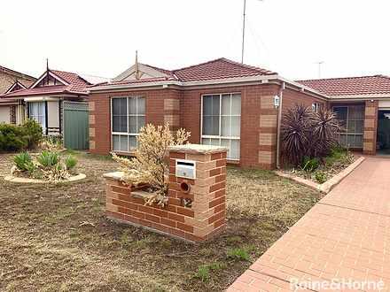 House - 12 Winna Place, Gle...