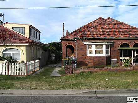 Duplex_semi - 11 Ian Street...