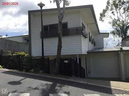Townhouse - 14/46 Warringah...