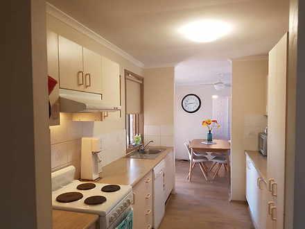 House - 10 Vallen Place, Qu...