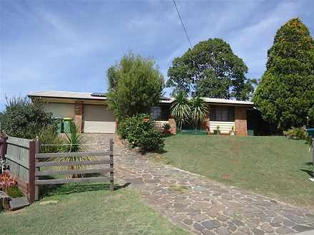 House - 18 Moselle Court, W...