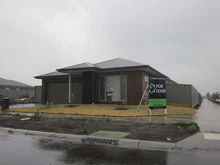 House - 15 Heales Road, Cra...