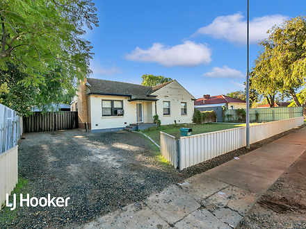 House - 33 Campbell Road, E...