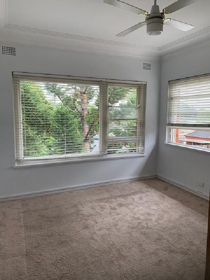 Bedroom 1 1580086350 primary