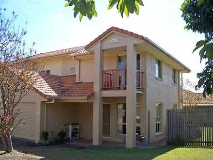 Townhouse - 134 Hill Road, ...