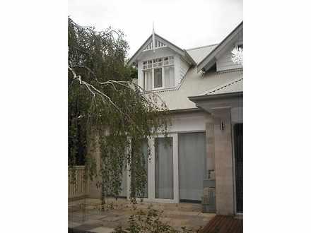 House - 10 Kemp Avenue, Mou...